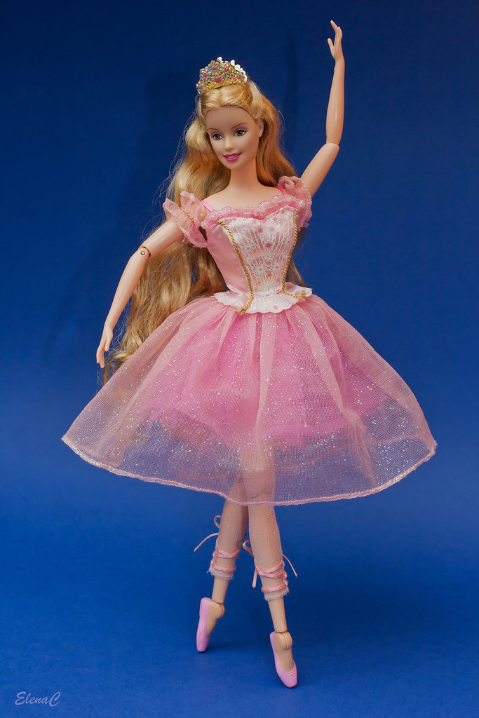 quotbarbie in the nutcrackerquot clara the sugarplum princess