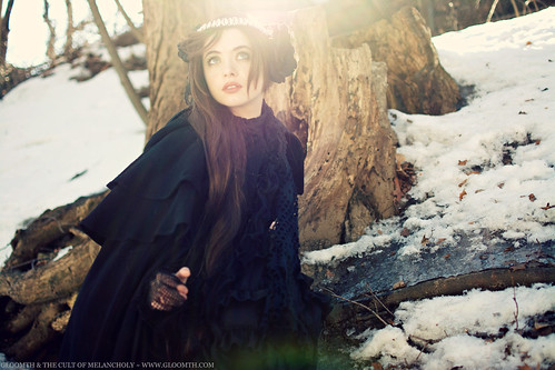gothic winter photoshoot gloomth