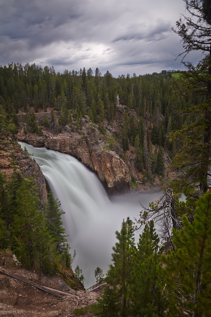 South Rim Trail View of the Upper Falls, Yellowstone Natio ...