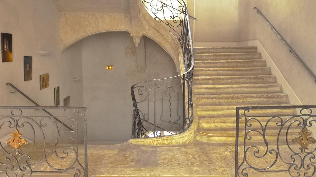 vieil escalier du college salins d 39 auch dominique clavaud flickr. Black Bedroom Furniture Sets. Home Design Ideas