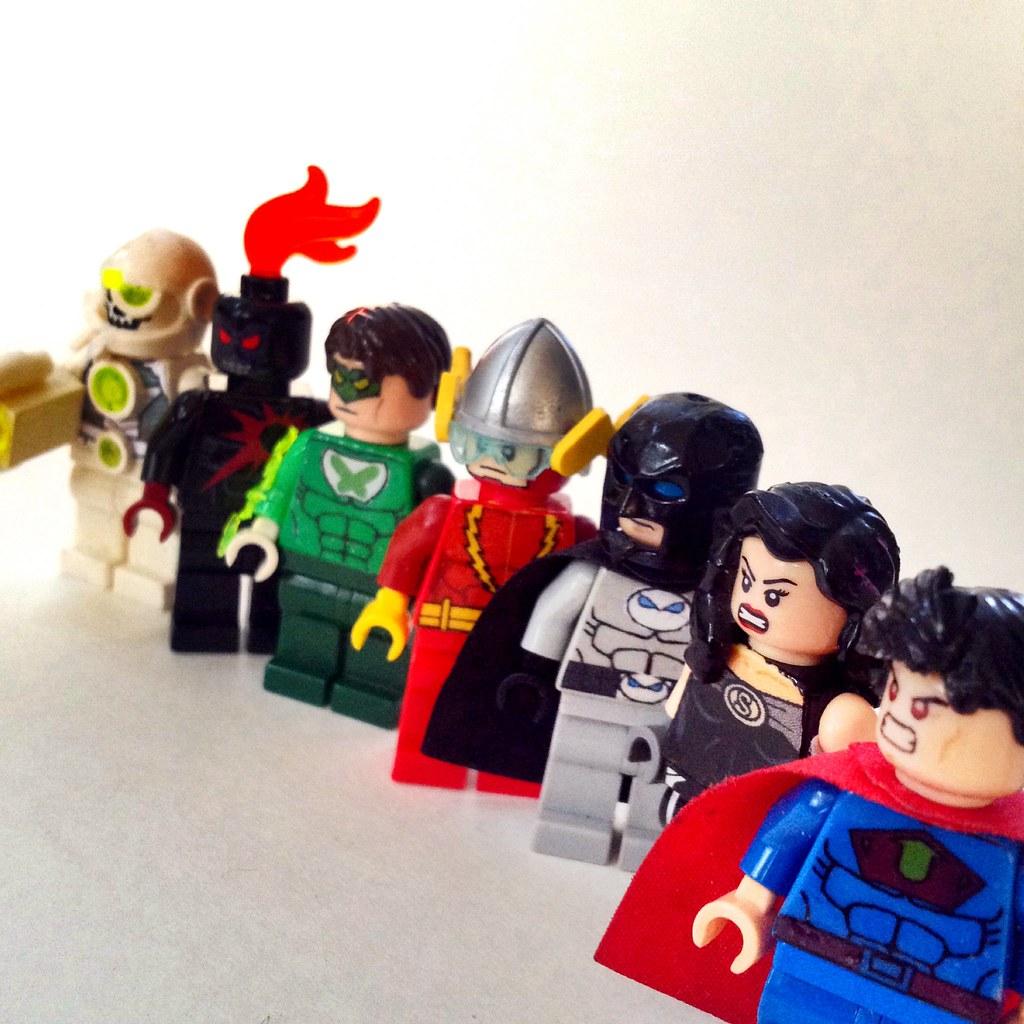 Flash Vs Superman Race Glass Pane