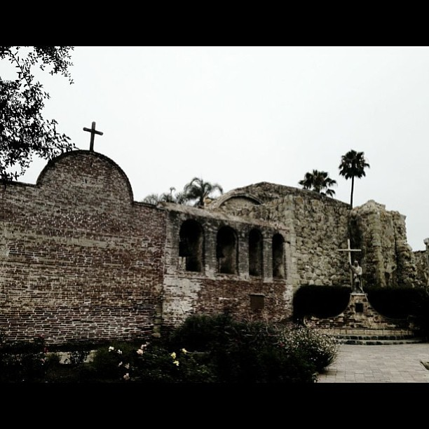 San Juan Capistrano Mission in California #sanjuancapistra… - Flickr San Juan Capistrano Mission in California #sanjuancapistrano #mission #orangecountry #california #american_landscape #usa #bestofmy #bnw_lover #bestofmycity_2see #lovenature #mybest_shot #mst_photooftheday #mafia_editlove #nature_shooters #clubsocial #zoo - 웹