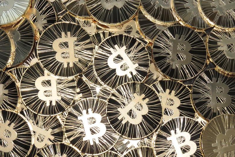 모든 크기 - Bitcoin, bitcoin coin, physical bitcoin, bitcoin photo - Flickr - 사진 공유! - 웹