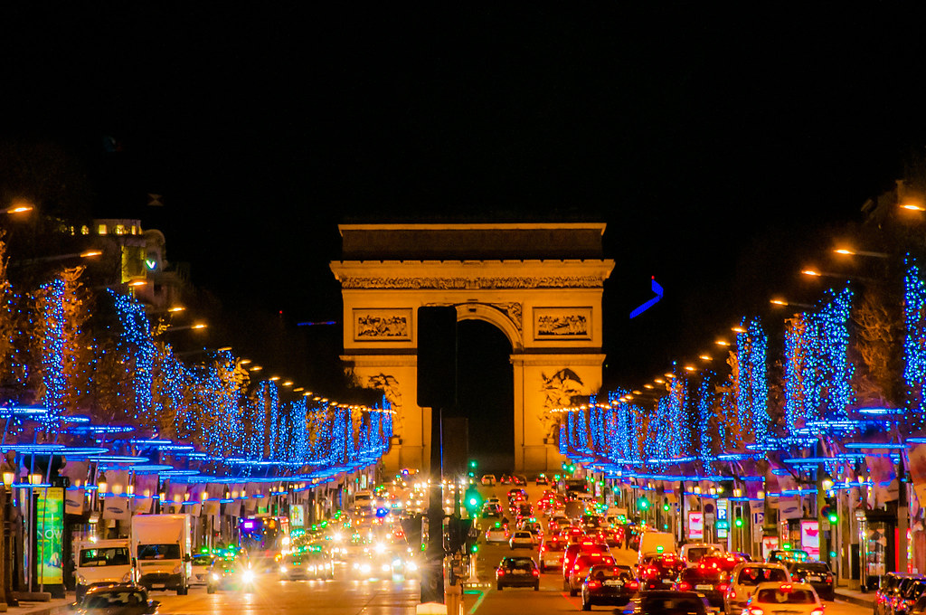Paris de nuit illumination de noel 2013 paris avenue des c flickr - Illumination a paris ...