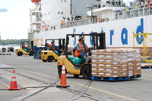 An Open Innovation Model for Wholesale Distributors