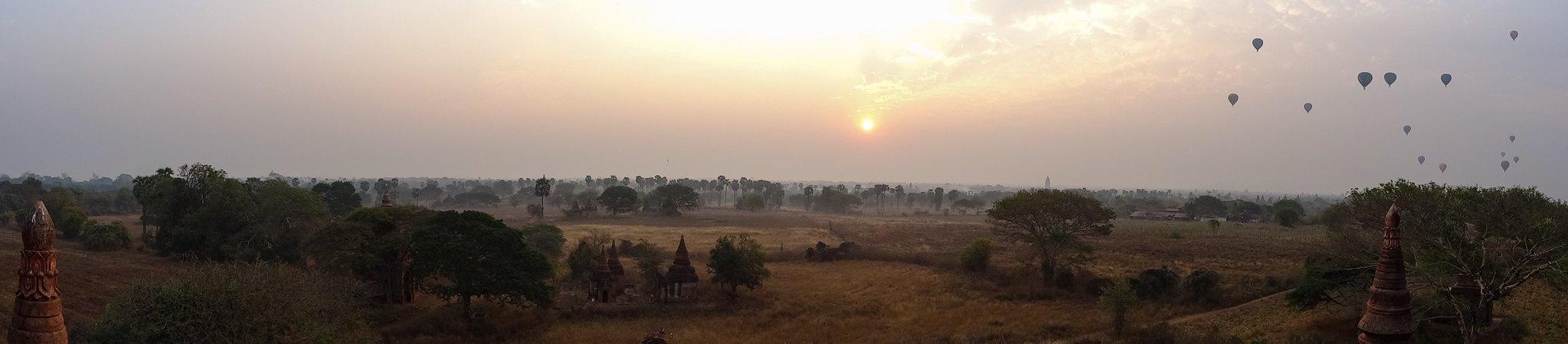 Sunrise balloon panorama