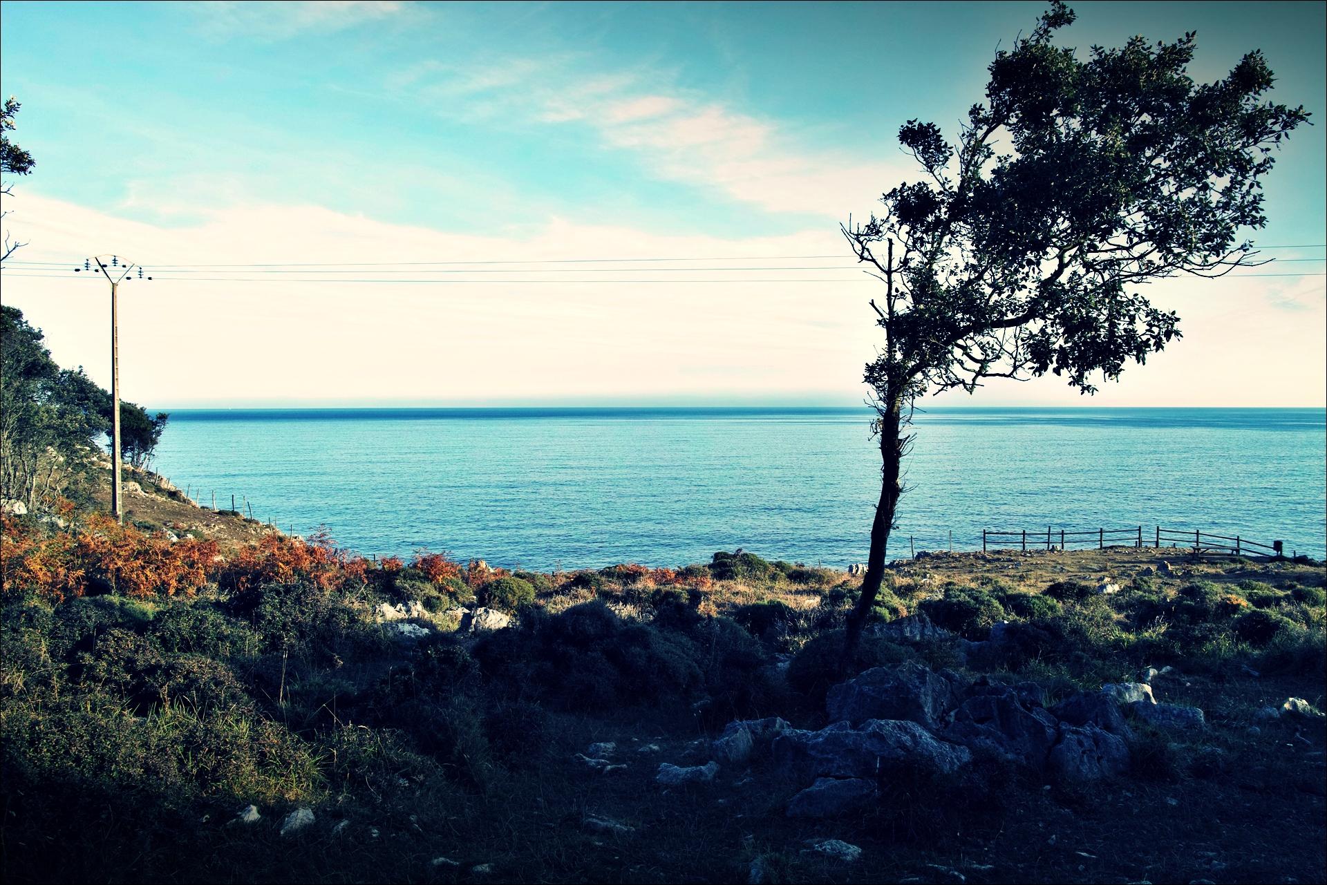 바다-'카미노 데 산티아고 북쪽길. 카스트로 우르디알레스에서 리엔도. (Camino del Norte - Castro Urdiales to Liendo) '