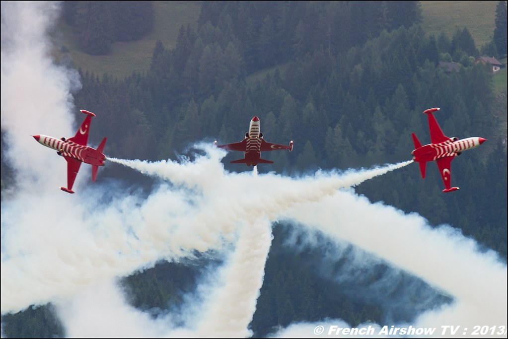 Turkish Stars Turk Yildizlari ,NF-5 TigerII , Turkish Air Force aerobatic display team , AIRPOWER13 , Zeltweg , Austria , airpower 2013 Zeltweg