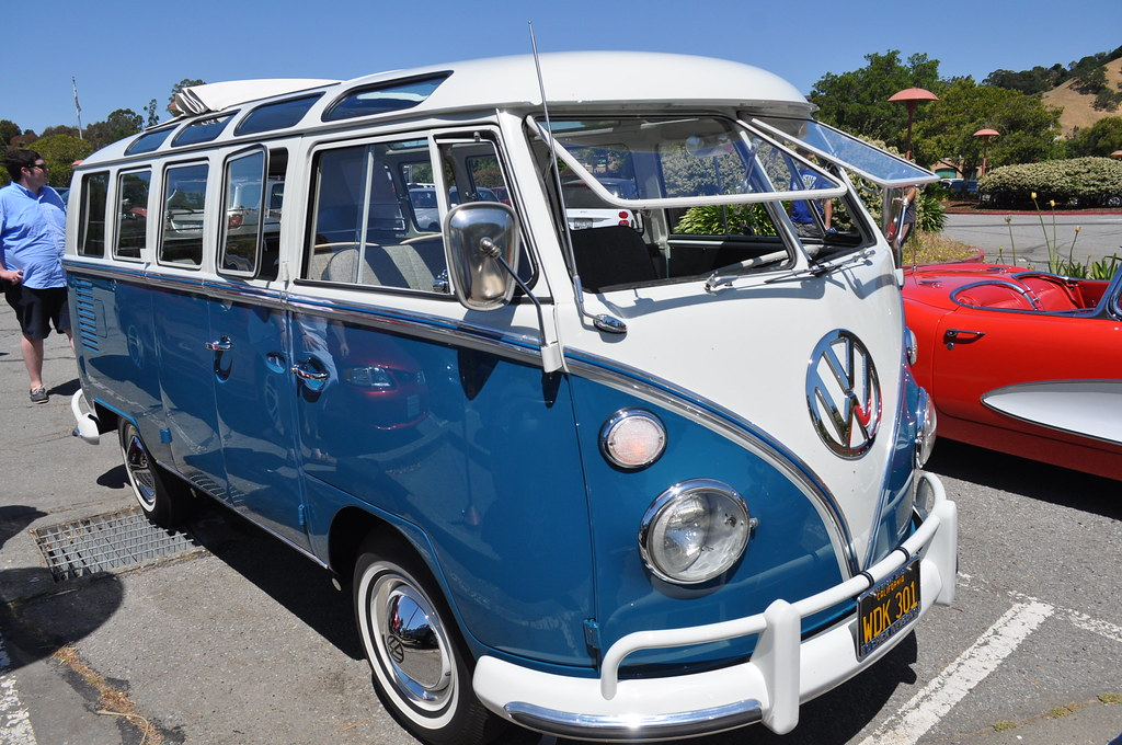 1967 vw deluxe 21 window bus for sale only 110k