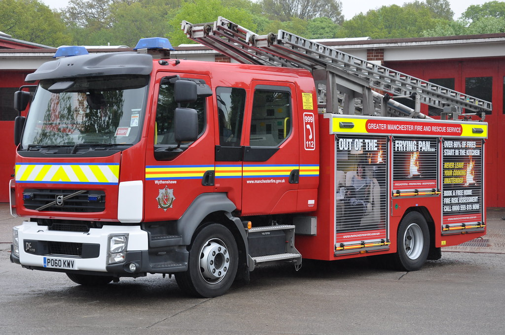 Greater Manchester Fire and Rescue Service 2010 Volvo FLL2… | Flickr