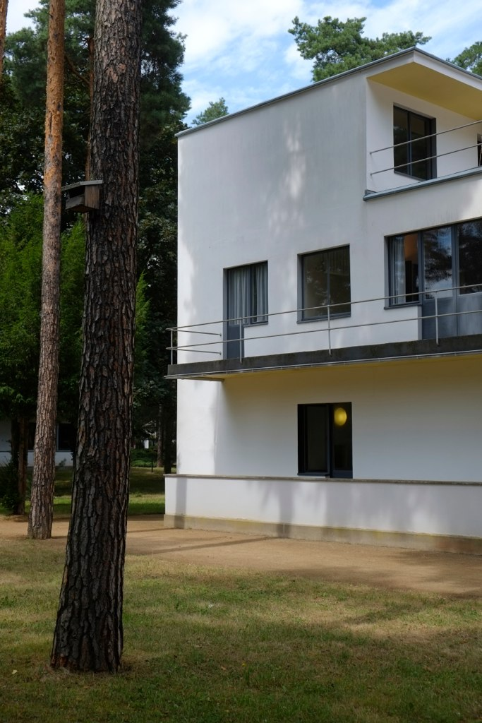 bauhaus meisterh user bauhaus dessau masters 39 houses flickr. Black Bedroom Furniture Sets. Home Design Ideas