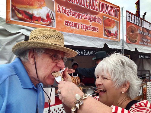 #BerryFest2014: Wives are allowed to stuff hubby's face! @FLStrawberryFst