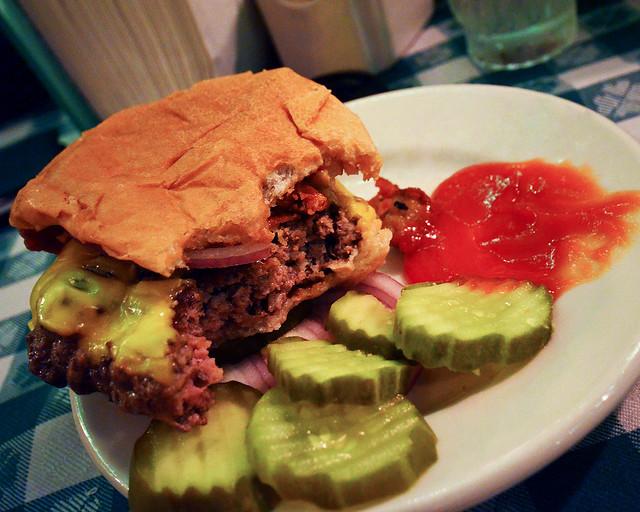 JR Melon, de los mejores restaurantes de Nueva York según Carlos Herrera