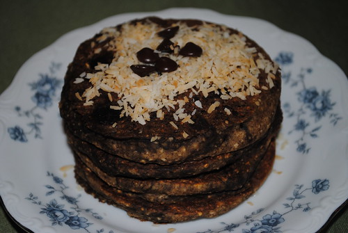 Chocolate Chip Oatmeal Banana Pancakes with a Chocolate Swirl (5)