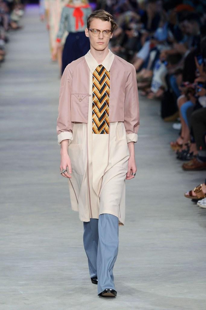 SS16 Milan Gucci011_Kristians Laizans(fashionising.com)