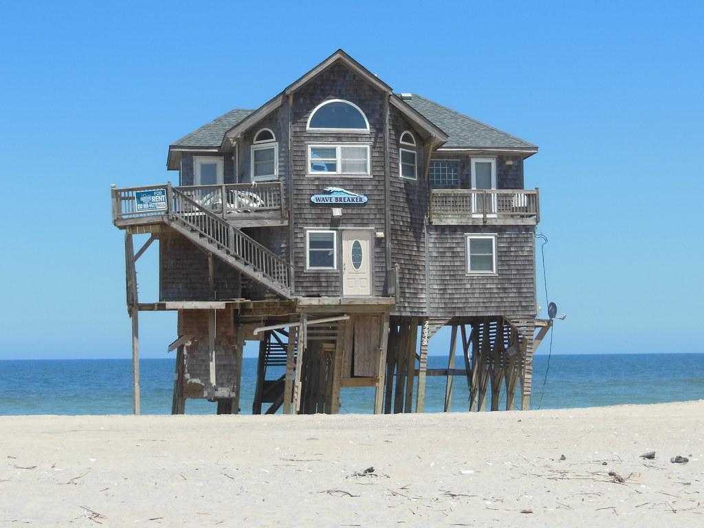 Homes On Caroloina Beach
