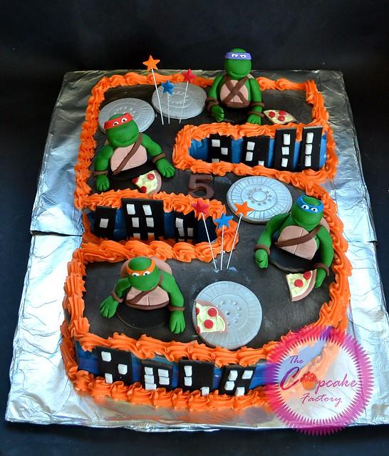 Teenage mutant ninja turtles tiered cakes