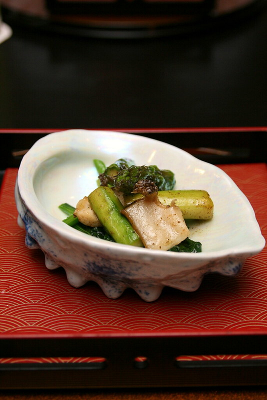 Bonus course of butter-fried asparagus and abalone