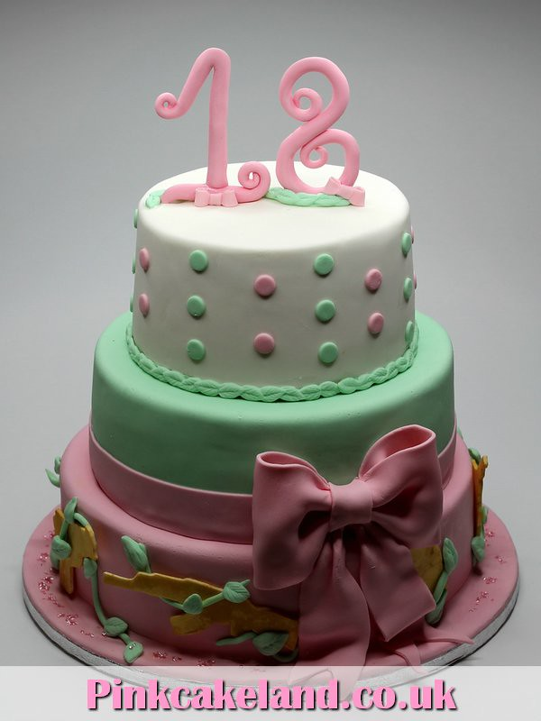 Phenomenal 18 Birthday Cake London 2 Beatrice Maria Flickr Funny Birthday Cards Online Elaedamsfinfo