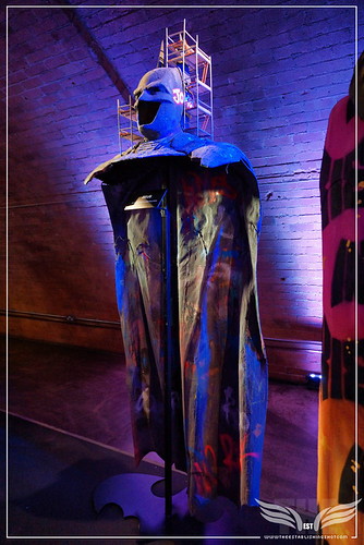 The Establishing Shot: BATMAN: ARKHAM KNIGHT CAPE & COWL EXHIBITION - BATMAN UNDER CONSTRUCTION BY ZEUS - KACHETTE, LONDON