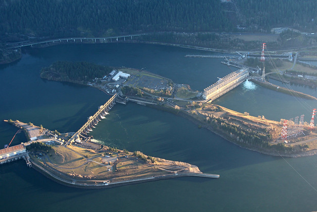 Bonneville dam from 3000ft flickr photo sharing for Bonneville dam fish camera