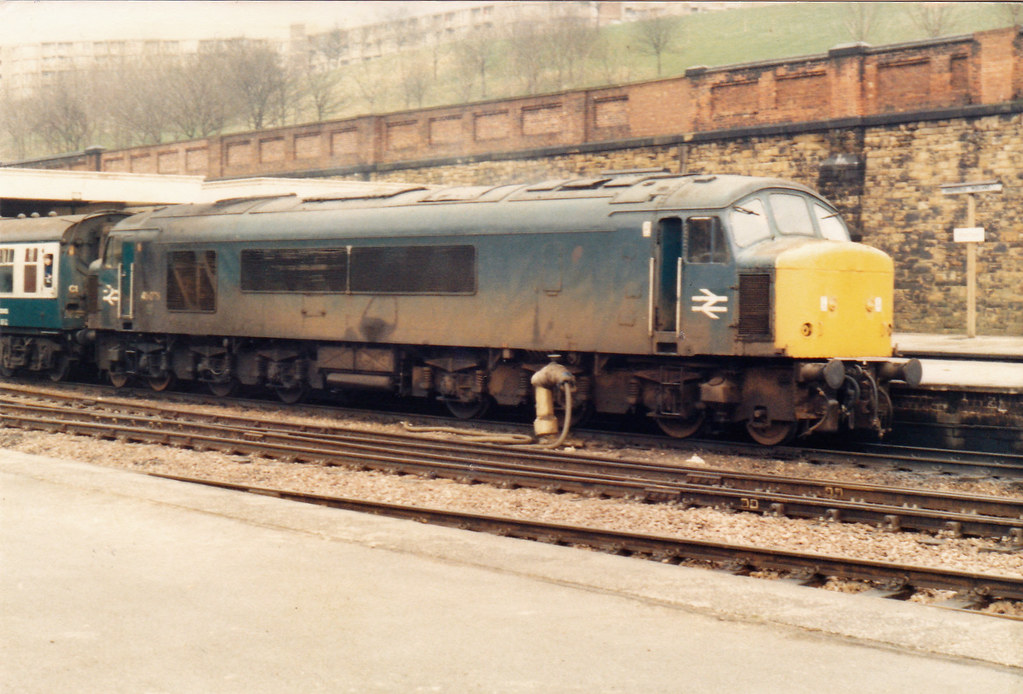Cross Country Pool Service : Loco hauled cross country services to the end