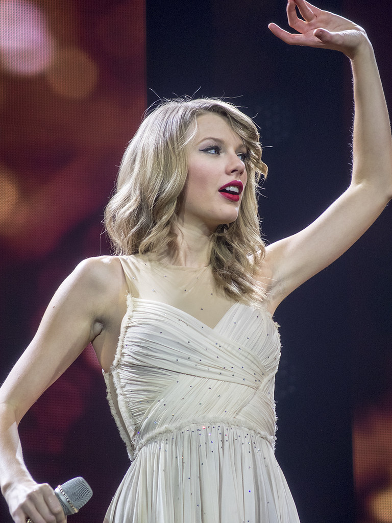 Taylor Swift - Red Tour O2 Arena February 2014 | Taken with