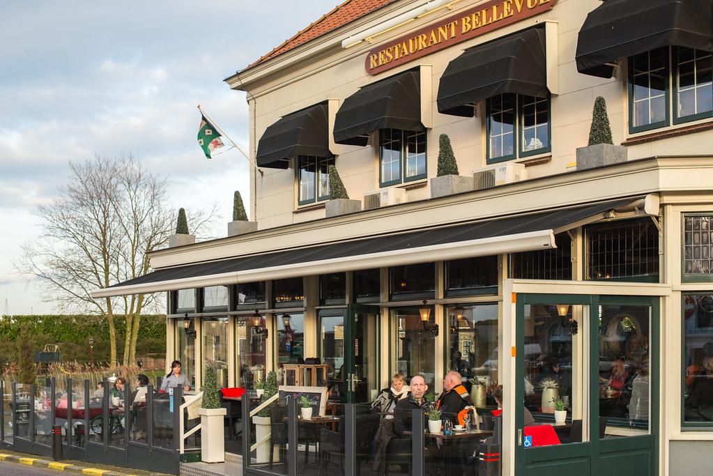 In winter on the terrace restaurant bellevue in willemst for The terrace restaurant