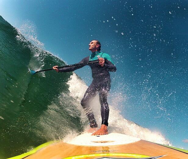 surfbrett_und_paddel
