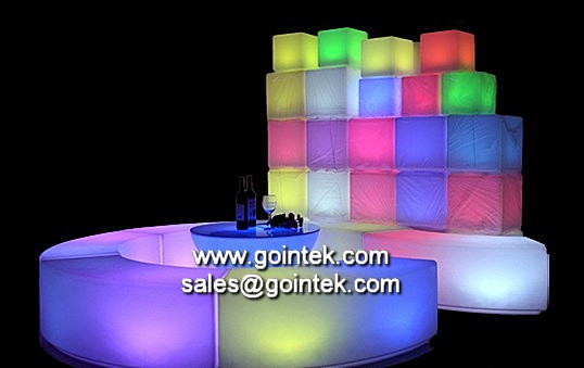 led cube sitze led cube stuhl pe kunststoff cube hocker. Black Bedroom Furniture Sets. Home Design Ideas