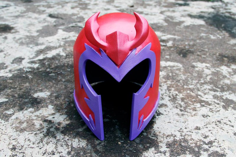 Movie, TV and comic book prop replicas by Ricardo Coutinho Dos Santos - X-Man Magneto's Helmet
