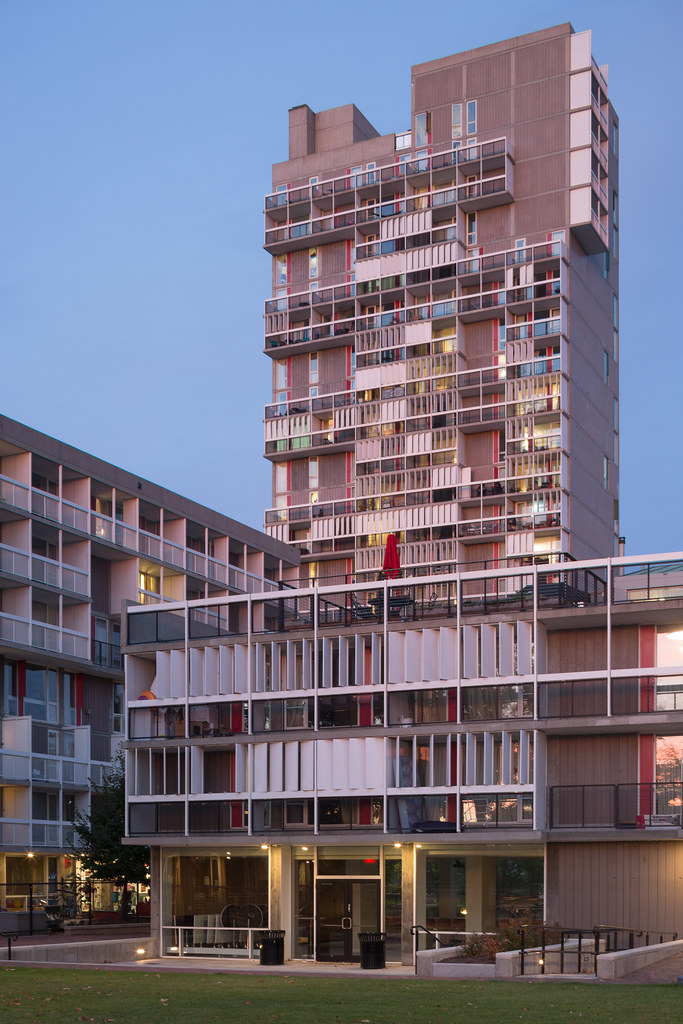 Josep lluis sert 39 s peabody terrace david schalliol flickr for 5 daniel terrace peabody ma