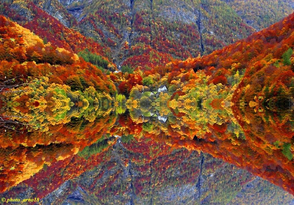 Miroir d 39 automne arno lucchini flickr for Miroir 3 pans