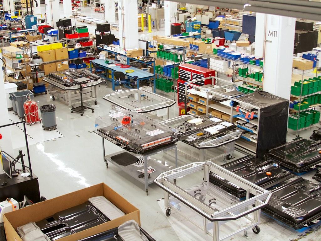 Tesla visit 14 a visit to tesla motors headquarters in for Tesla motors palo alto