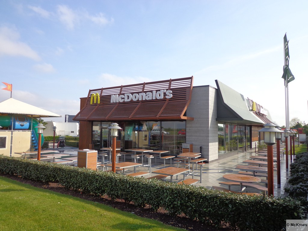 Ifs France  city images : McDonald's Ifs Route de Caen France | Flickr Photo Sharing!