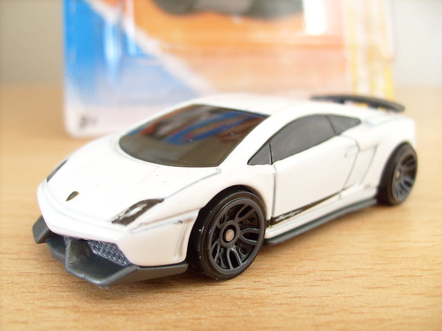 hot wheels lamborghini gallardo lp 570 4 superleggera no2 1 64 flickr photo sharing. Black Bedroom Furniture Sets. Home Design Ideas