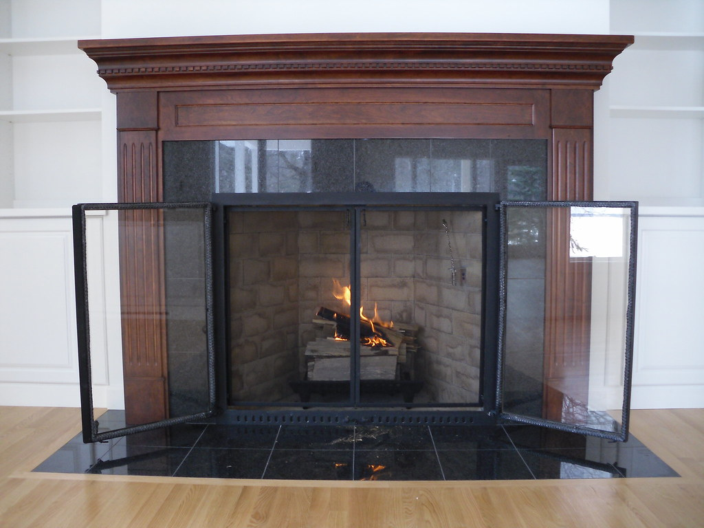 Rumford Fireplace With Doors Screens From Wilkening Firerp