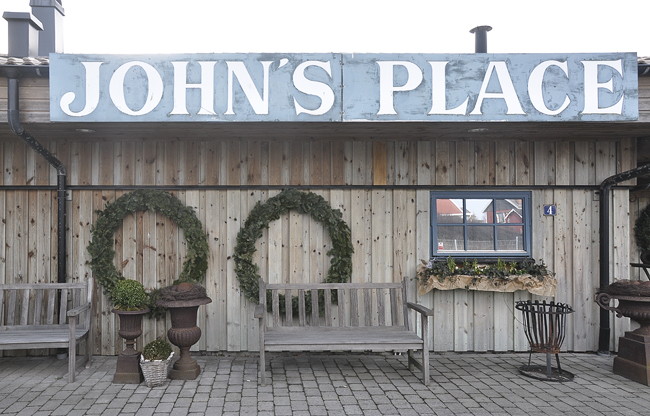 johns place 4