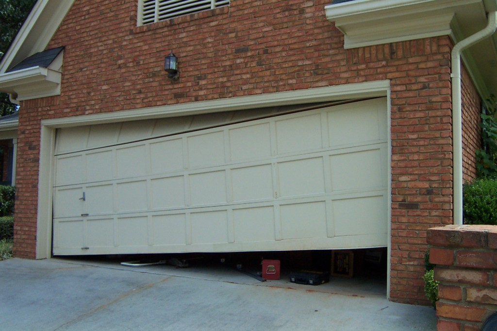 Broken Garage Door? Call Us Now For Fast, Friendly Service At 407 385 3865. Garage  Door Repairs Harmony Florida