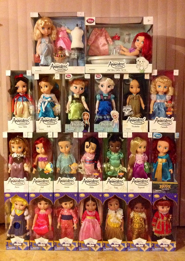 "Disney Store ""Animators Collection"" 