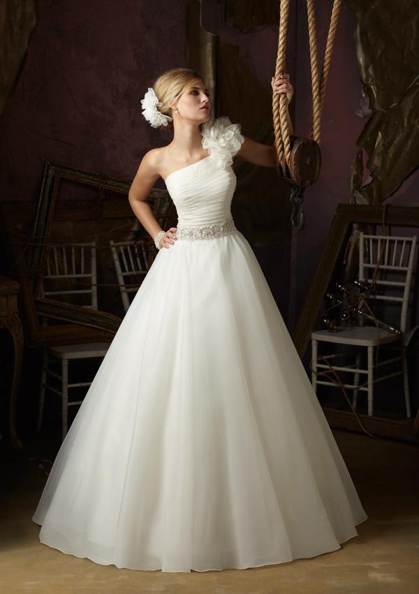 Sexy A-Line One Shoulder Sleeveless Organza Handmake Flower Wedding Dresses from 27dress.com