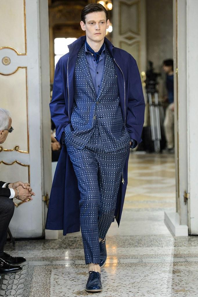 SS16 Milan Corneliani001_Adam Butcher(fashionising.com)