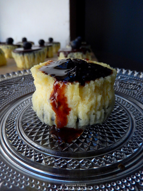 mini cheesecake cu mascarpone si oreo