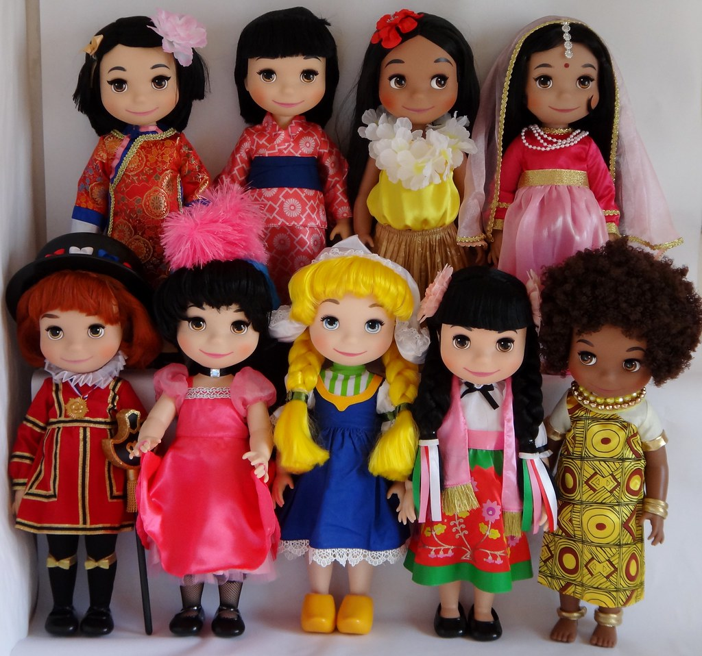 It S A Small World Dolls Complete Collection Free
