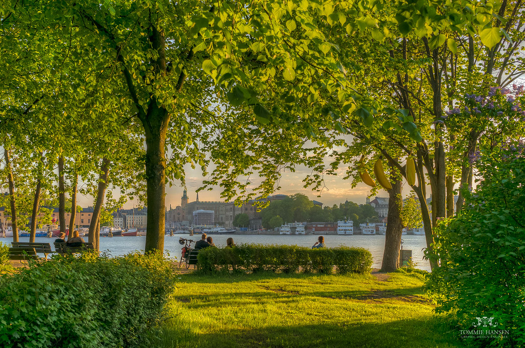 People enjoying a viewpoint at Djurgården, Stockholm | Flickr