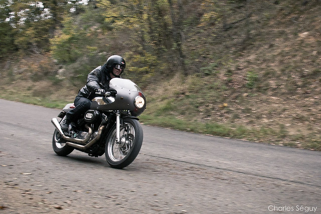 Cafe Racer Riding Position
