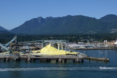 Vancouver's sulphur piles