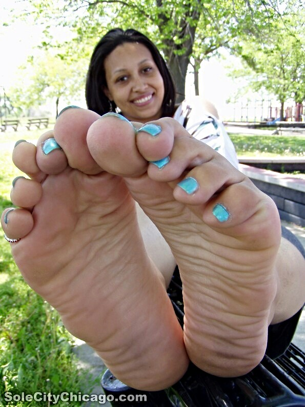 Thick latina feet