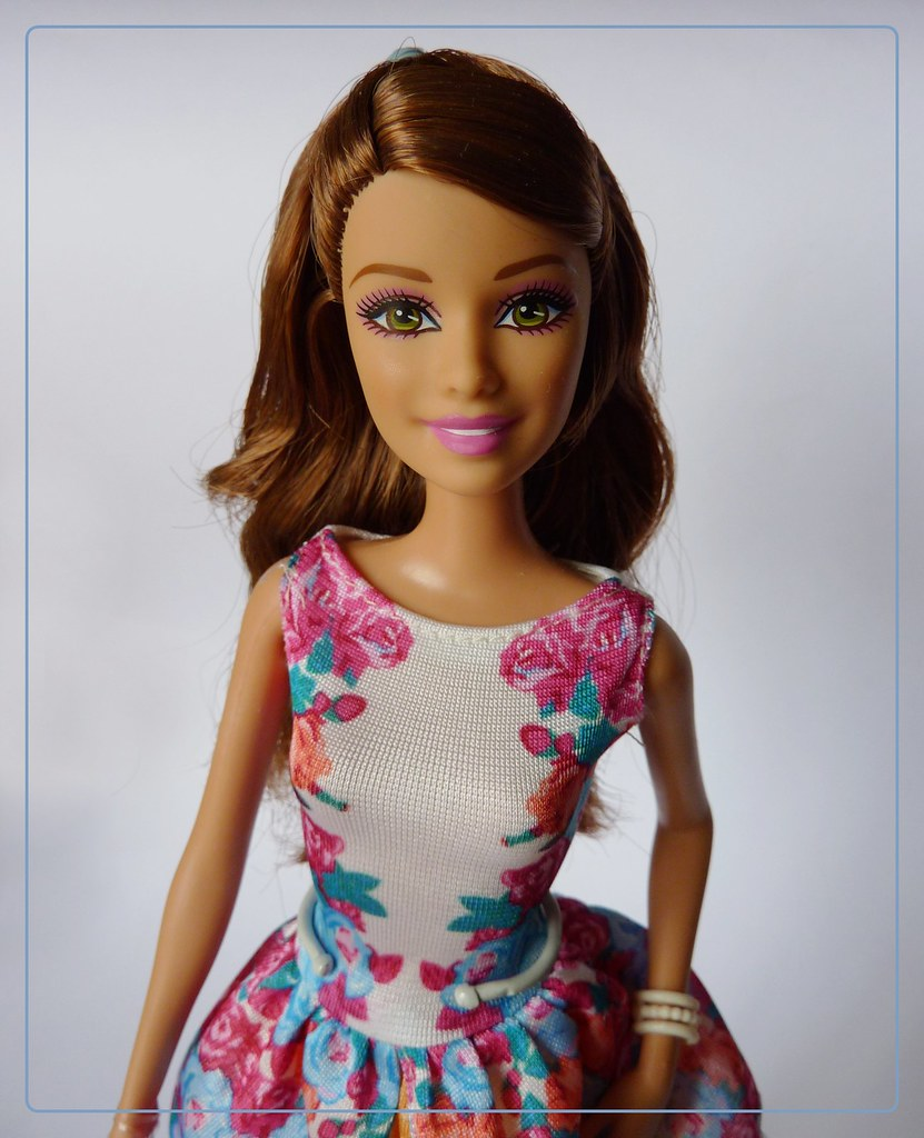Teresa Fashionista Barbie S Teresa