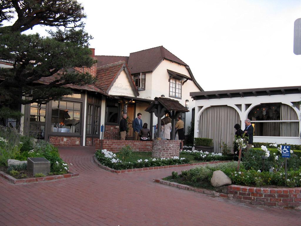 Teemu Selanne Restaurant Laguna Beach